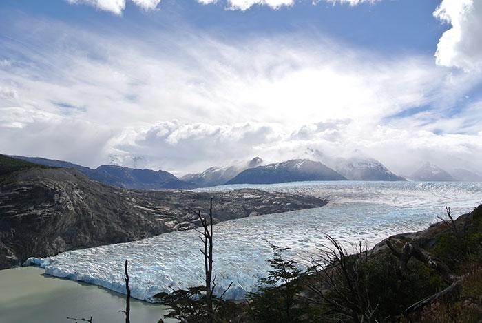 Nach dem recht langem Aufstieg eröffent sich für uns ein wahnsinns Ausblick auf den Gletscher!