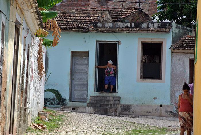"""Erst am Stadtrand sehen wir """"echte"""" Kubaner ;)"""